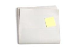 Giornale in bianco e nota appiccicosa Fotografia Stock