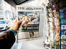 Giornale 2017 della fucilazione della striscia di Las Vegas la malvagità del pue di periodi fotografie stock libere da diritti