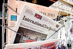 Giornale delle riviste di Major International circa il risultato di Brexit Fotografia Stock
