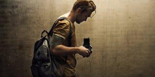 Giornalista della fucilazione di Camera DSLR del fotografo Immagini Stock Libere da Diritti