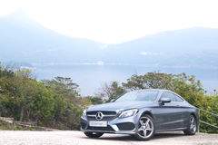 Giorno classe c 2016 della prova su strada del coupé di Mercedes-Benz fotografie stock libere da diritti