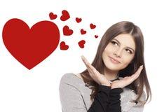 Giorno dei biglietti di S. Valentino. Bello adolescente della ragazza con cuore Fotografia Stock
