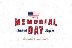Giorno dei Caduti felice Cartolina d'auguri con la fonte e mappa e bandiera originali di U.S.A. Modello per le feste americane Il illustrazione di stock
