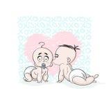 Giorno del biglietto di S La neonata ha baciato il ragazzo Grande cuore rosa Fotografia Stock