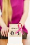 Giorno del cancro al seno del mondo e della donna sul calendario Fotografia Stock Libera da Diritti