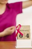 Giorno del cancro al seno del mondo e della donna sul calendario Fotografie Stock