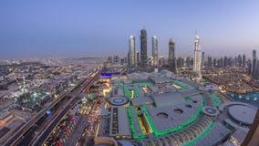 Giorno del centro del Dubai al timelapse di notte Vista superiore da sopra stock footage