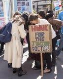 Giorno 2 del colpo di 48 ore da Junior Doctors Immagini Stock