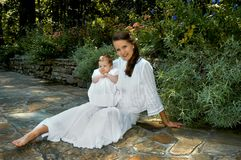 Giorno del giardino con l'infante Immagini Stock Libere da Diritti