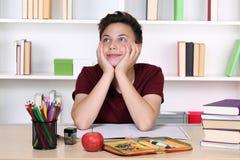 Giorno del ragazzo che sogna alla scuola Immagini Stock Libere da Diritti