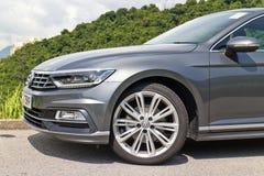 Giorno 2015 della prova su strada della linea r di Volkswagen Passat fotografie stock