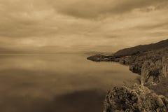 Giorno di autunno sul lago Ocrida macedonia Immagine Stock