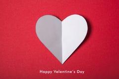 Giorno di biglietti di S. Valentino felice, cuore bianco da carta Buon Immagine Stock