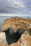 Giorno di biglietti di S. Valentino in spiaggia di Algarve, vista sul mare romantica Fotografia Stock