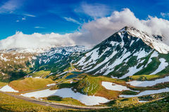 Giorno di estate affascinante nelle alpi svizzere Fotografie Stock Libere da Diritti