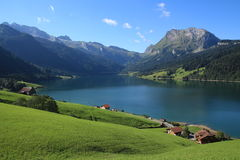 Giorno di estate nel lago Wagital, alpi svizzere Immagine Stock Libera da Diritti
