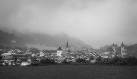 Giorno di estate piovoso a Kitzbuhel, l'Austria Immagine Stock Libera da Diritti