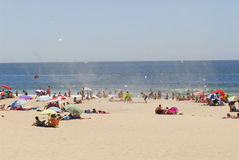 Giorno di estate sulla spiaggia con il vortice raro  Fotografia Stock Libera da Diritti