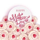 Giorno di madri felice Calligrafia fatta a mano e rose Fotografie Stock