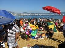 Giorno di Natale alla spiaggia pubblica Fotografia Stock Libera da Diritti
