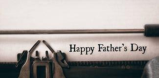 Giorno di padri felice scritto su carta fotografie stock