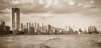 Giorno di paesaggio urbano di Benidorm Immagini Stock
