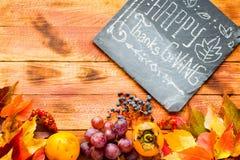 Giorno di ringraziamento, fondo delle foglie di autunno Fotografia Stock Libera da Diritti