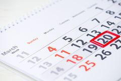 Giorno di terra 20 marzo segno sul calendario Fotografie Stock