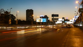 Giorno di traffico di Il Cairo all'intervallo di notte video d archivio