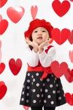 Giorno felice del ` s del biglietto di S. Valentino della neonata asiatica Fotografia Stock
