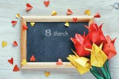 Giorno internazionale del ` s delle donne, tulipani di carta di origami Fotografie Stock Libere da Diritti