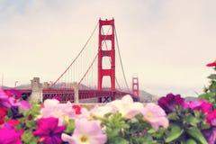 Giorno nebbioso a golden gate bridge San Francisco nello stile d'annata Fotografia Stock Libera da Diritti