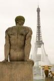 Giorno nebbioso a Parigi Fotografia Stock Libera da Diritti