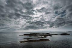 Giorno nuvoloso del paesaggio della Norvegia Fotografie Stock