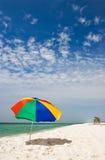 Giorno pieno di sole alla spiaggia immagine stock libera da diritti