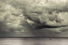Giorno scuro della nube Immagini Stock Libere da Diritti