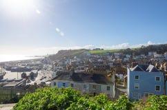 Giorno soleggiato nella città di Hastings in Sussex orientale, l'Inghilterra Fotografie Stock