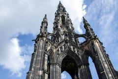 Giorno soleggiato storico 2 di Scott Monument della città di Edimburgo immagini stock libere da diritti