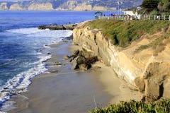 Giorno soleggiato sulla spiaggia Immagini Stock Libere da Diritti