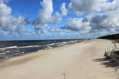 Giorno soleggiato sulla spiaggia Fotografia Stock Libera da Diritti