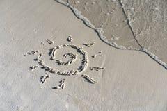 Giorno soleggiato sulla spiaggia Immagini Stock