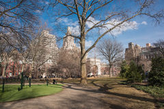 Giorno soleggiato in Washington Square in New York Fotografia Stock