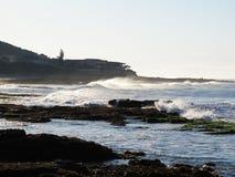 Giorno ventoso al villaggio di Haga-Haga, il Sudafrica fotografia stock libera da diritti