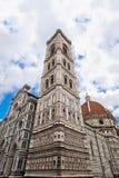 Giotto钟楼的透视在佛罗伦萨 库存图片