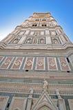 Giottos Klocka torn vid domkyrkan Arkivfoton