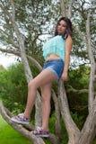 Giovane adolescente al parco Immagini Stock