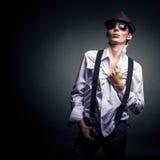 Giovane alla moda Fotografie Stock Libere da Diritti