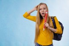 Giovane andare a scuola nervoso della donna Immagini Stock Libere da Diritti