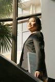 Giovane archivio del woth delle donne di affari Immagine Stock Libera da Diritti