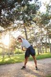Giovane atleta asiatico sicuro fotografia stock